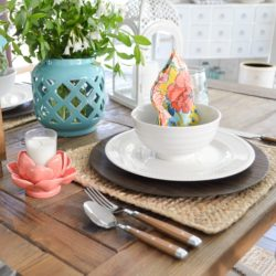 Cottage Farmhouse Table Decorating Ideas