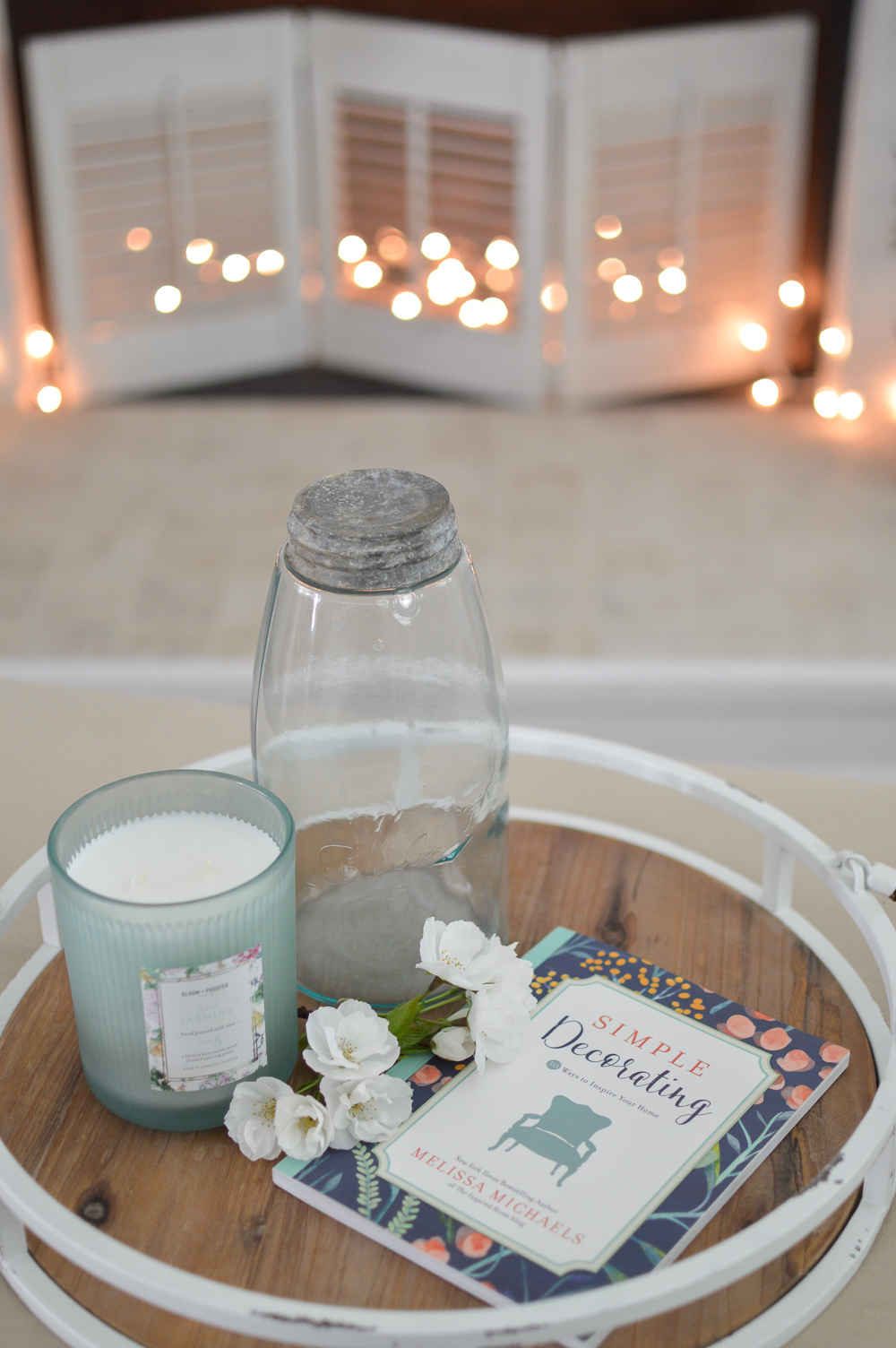 Simple Decorating: 50 Ways to Inspire Your Home (Inspired Ideas) by Melissa Michaels