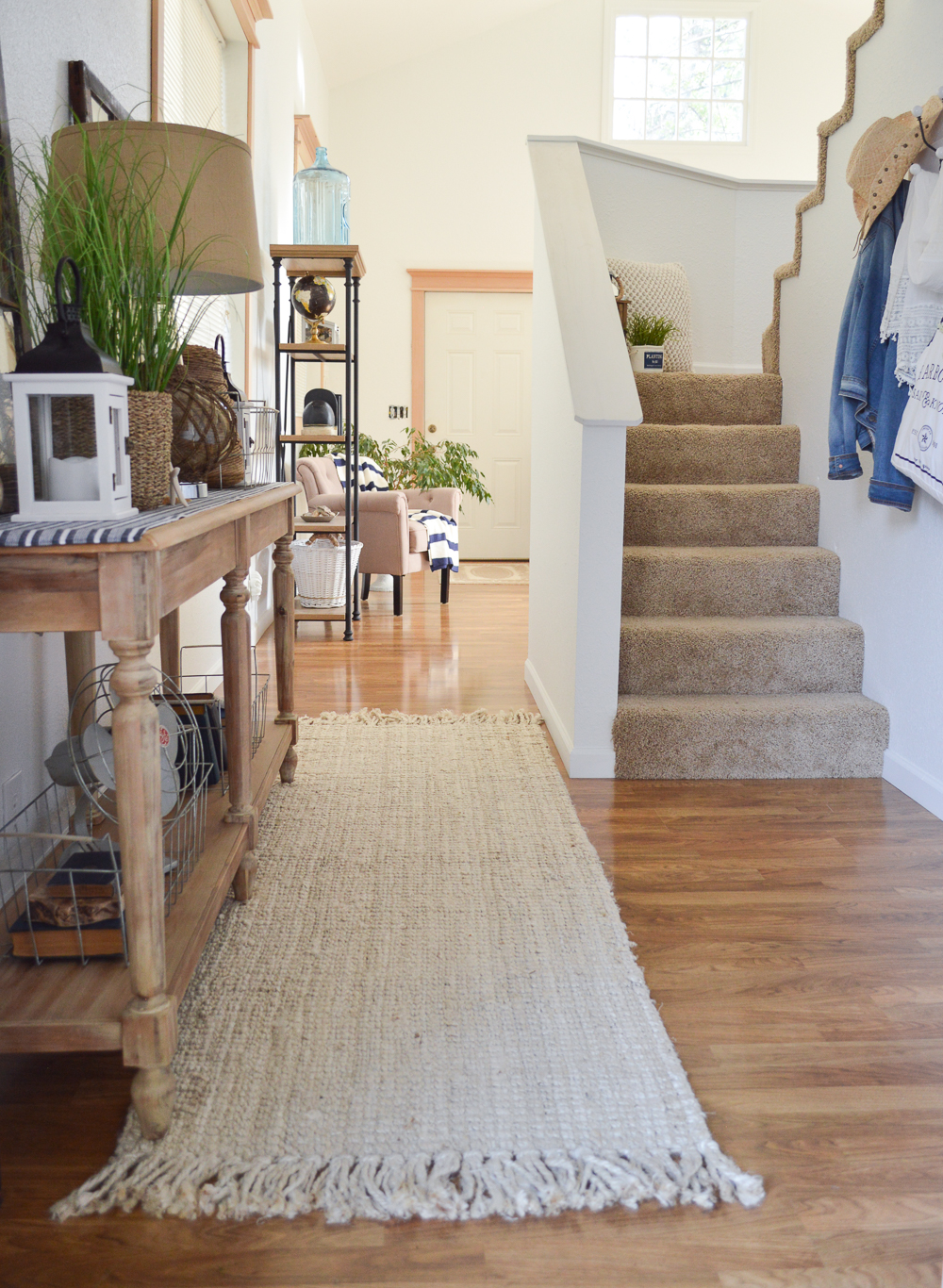 Summer Entryway at The Little Cottage | Coastal Cottage Nautical Decorating