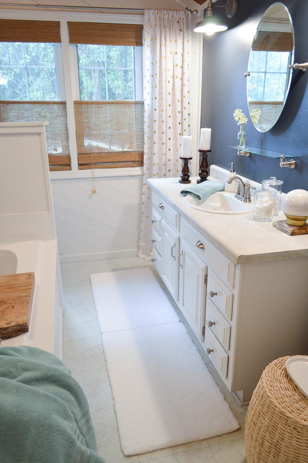 Mini Makeover Summer Bathroom Refresh - aqua, navy, white & warm wood.