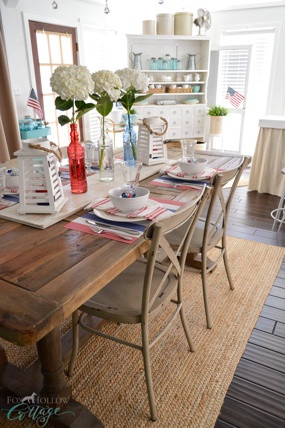 Vintage Cottage Farmhouse Decorating - July 4th Farm Table at foxhollowcottage.com