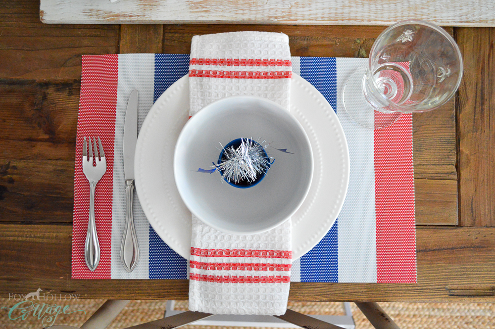 Red, White and Blue Decorating Ideas - Table setting