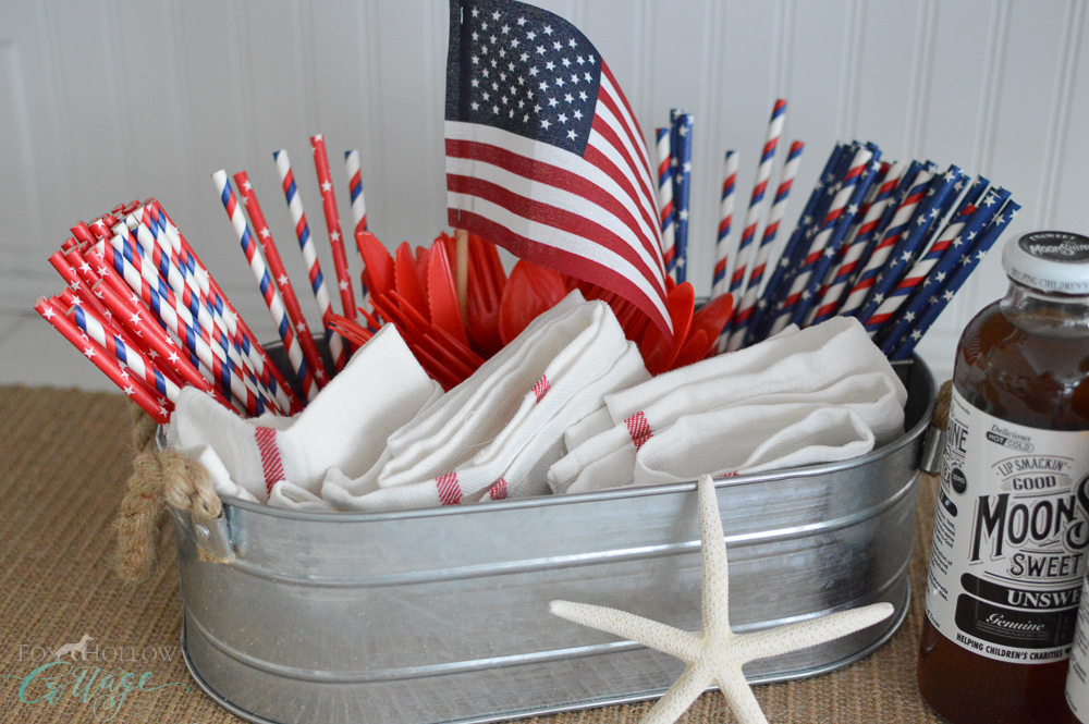 Simple 4th of July Table Decorating Ideas - Galvanized Caddy and Paper Straws