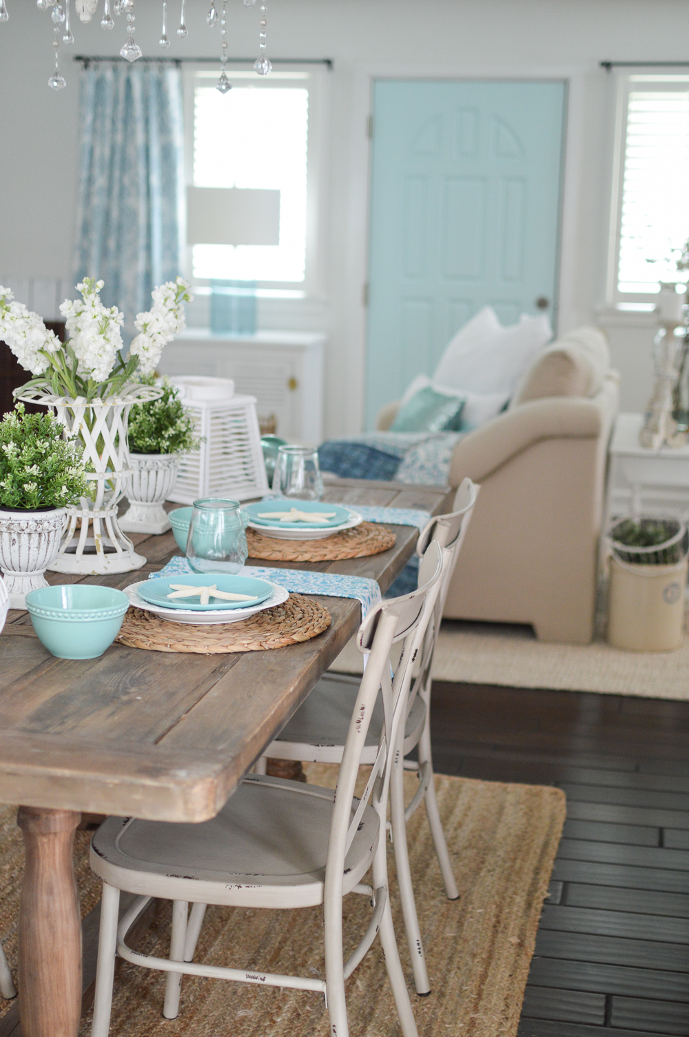 Coastal Cottage Decorating Ideas