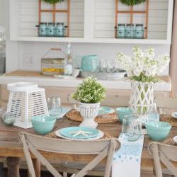 Summer Farm Table Decorating Ideas