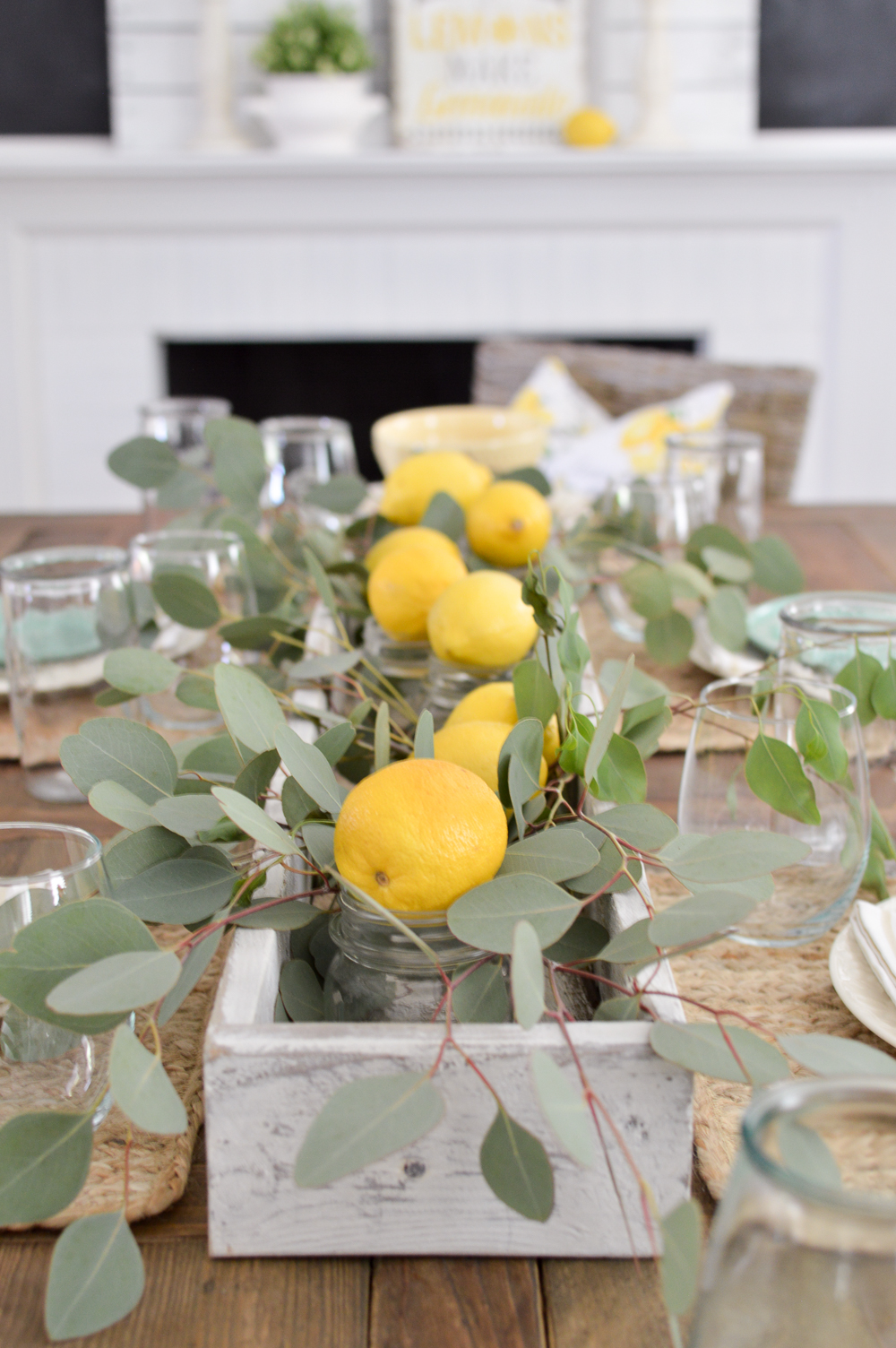 Easy three piece lemon trough box centerpiece (with DIY box tutorial)