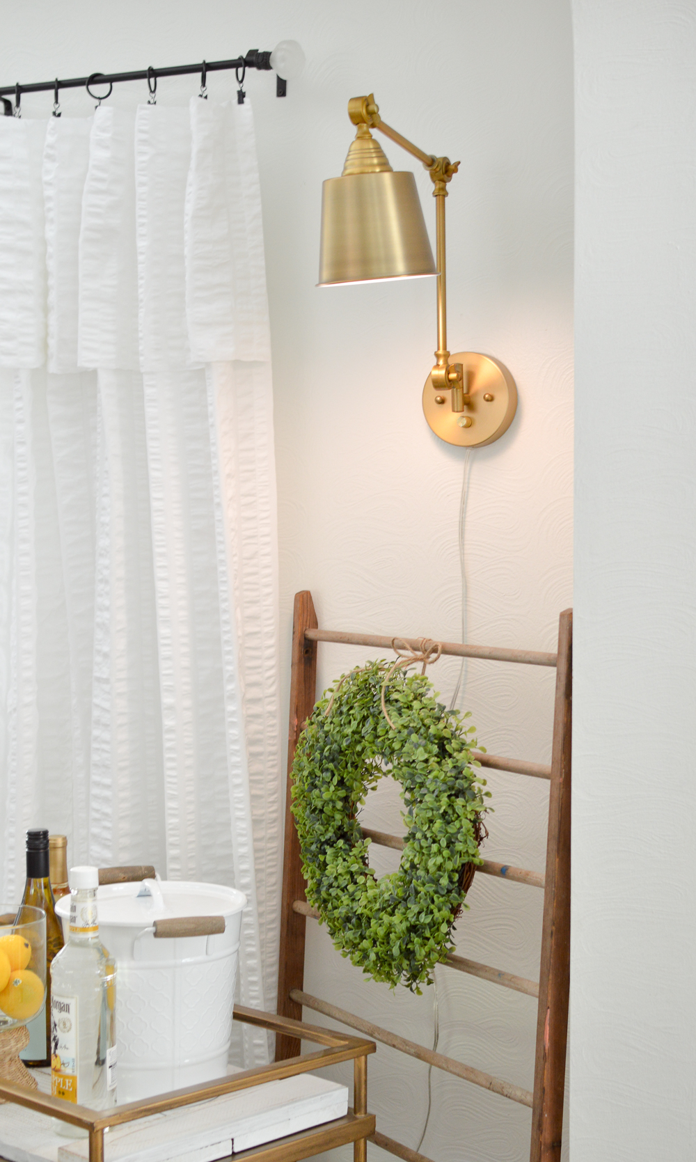 Plug in wall mount brass wall sconce light lamps.