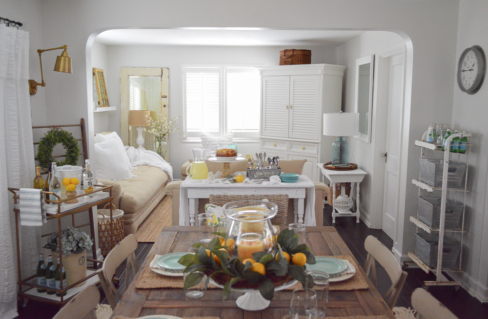 Simple Summer Decorating Ideas and Home Tour - Eclectic mix of cottage, coastal, vintage and farmhouse elements.