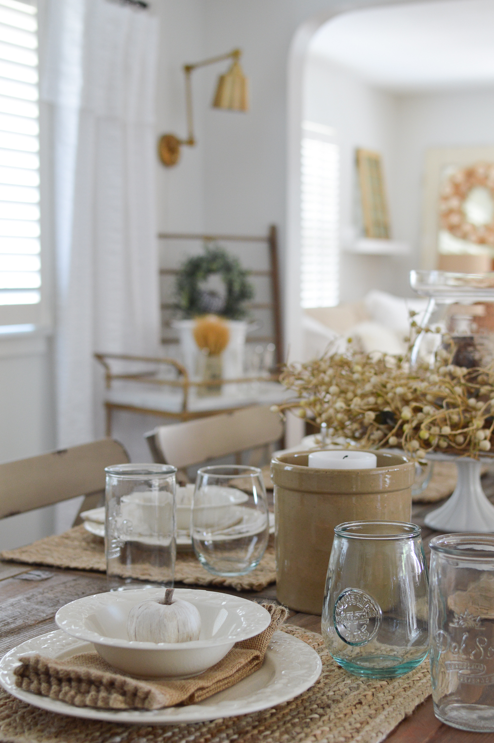 Easy Summer to Fall Dining Room Decorating Ideas with vintage, cottage farmhouse style.