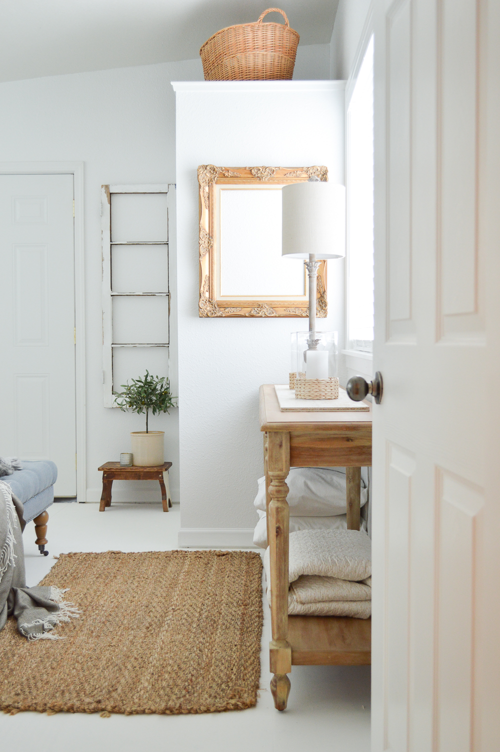 Vintage Cottage Guest Bedroom Makeover - Eclectic mix of farmhouse, cottage and vintage finds.
