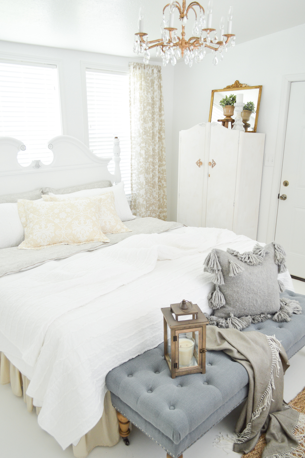 Vintage Cottage Guest Bedroom Makeover - Budget, thrift store, garage sale and clearance finds fill this DIY guest bedroom