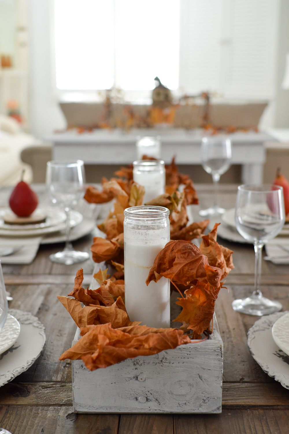 Fall Dining Room Decorating Made Easy - Simple Autumn leaf centerpiece with DIY trough box tutorial.