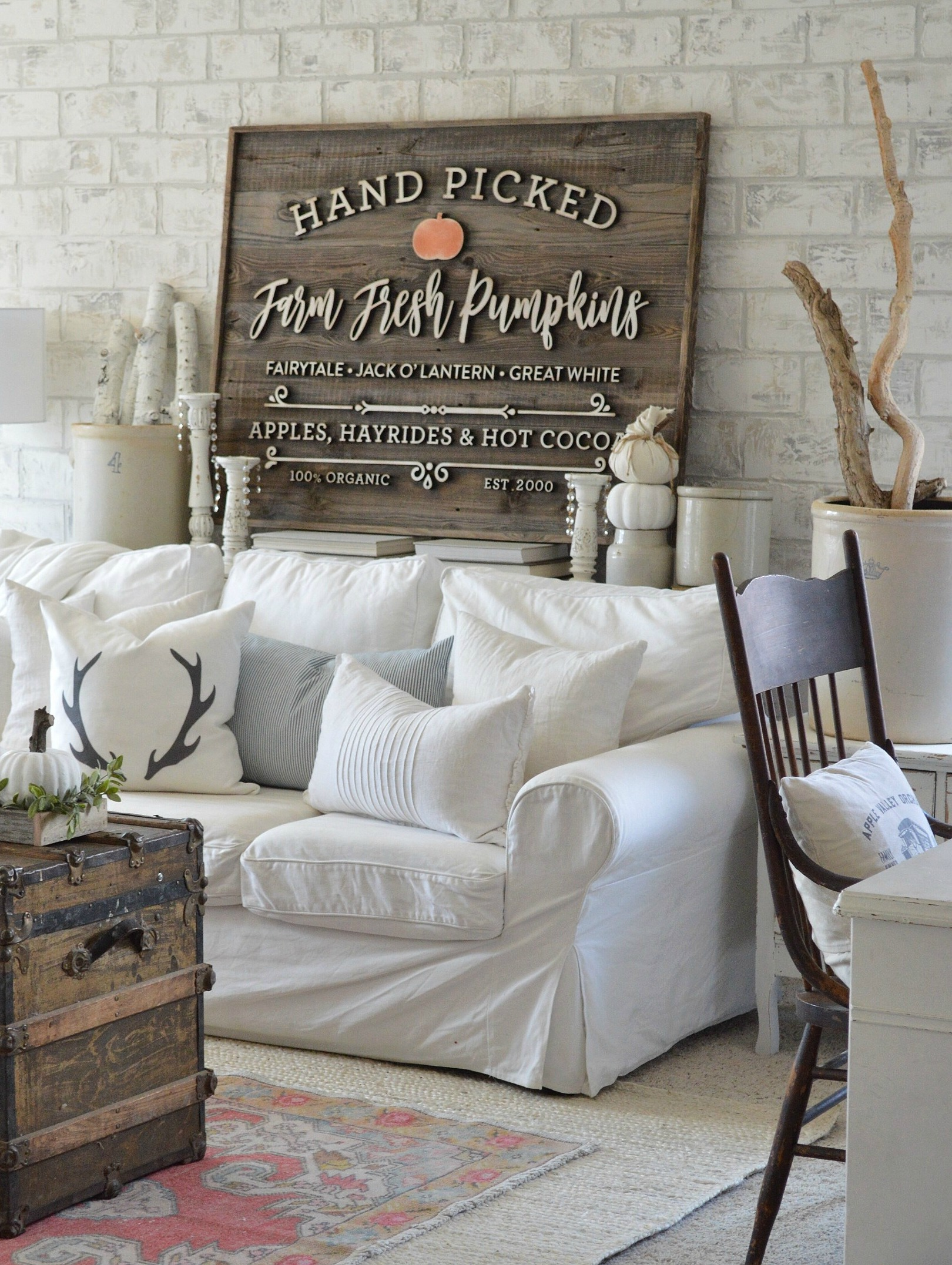 Fall family room - love the wood sign