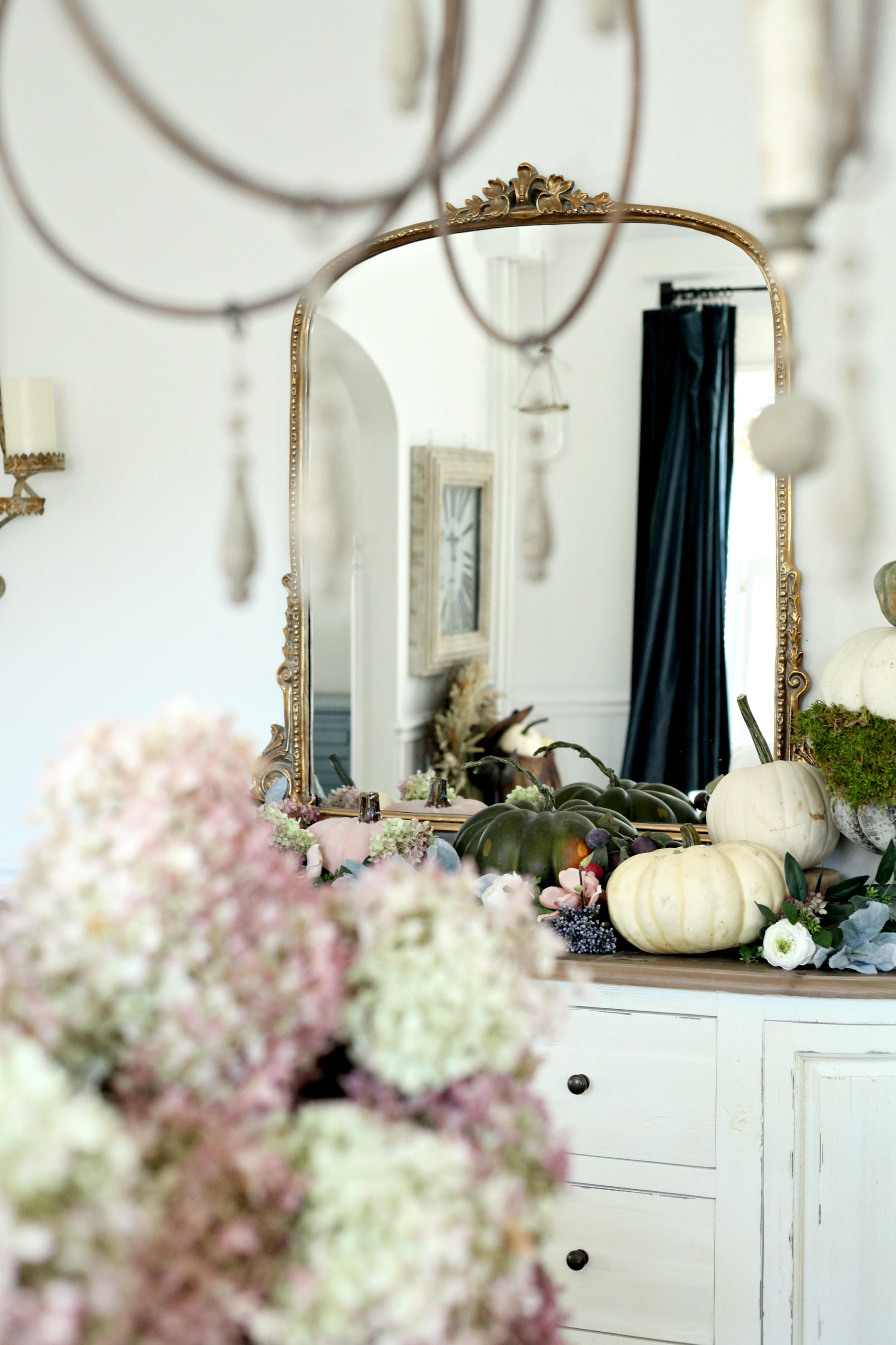 Romantic Vintage Fall Decorating
