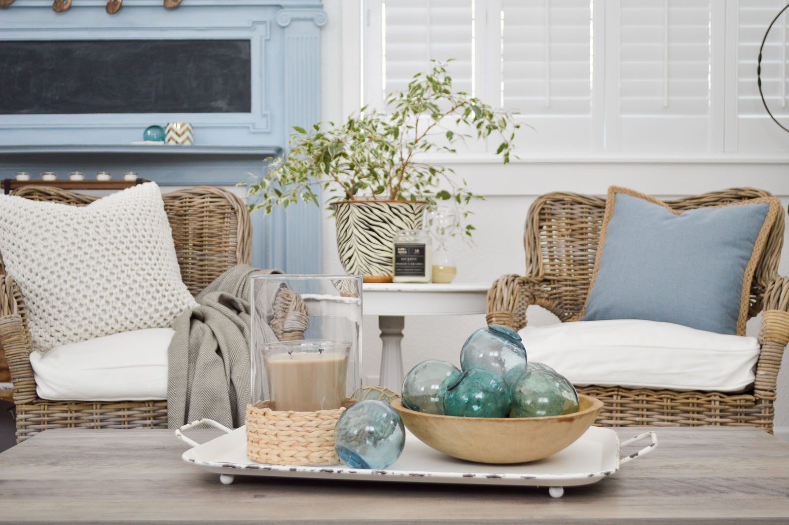 New Home Decorating Tips and Ideas - How to get that relaxed cottage farmhouse style. Great room/living room, take two. #sponsored with Better Homes & Gardens