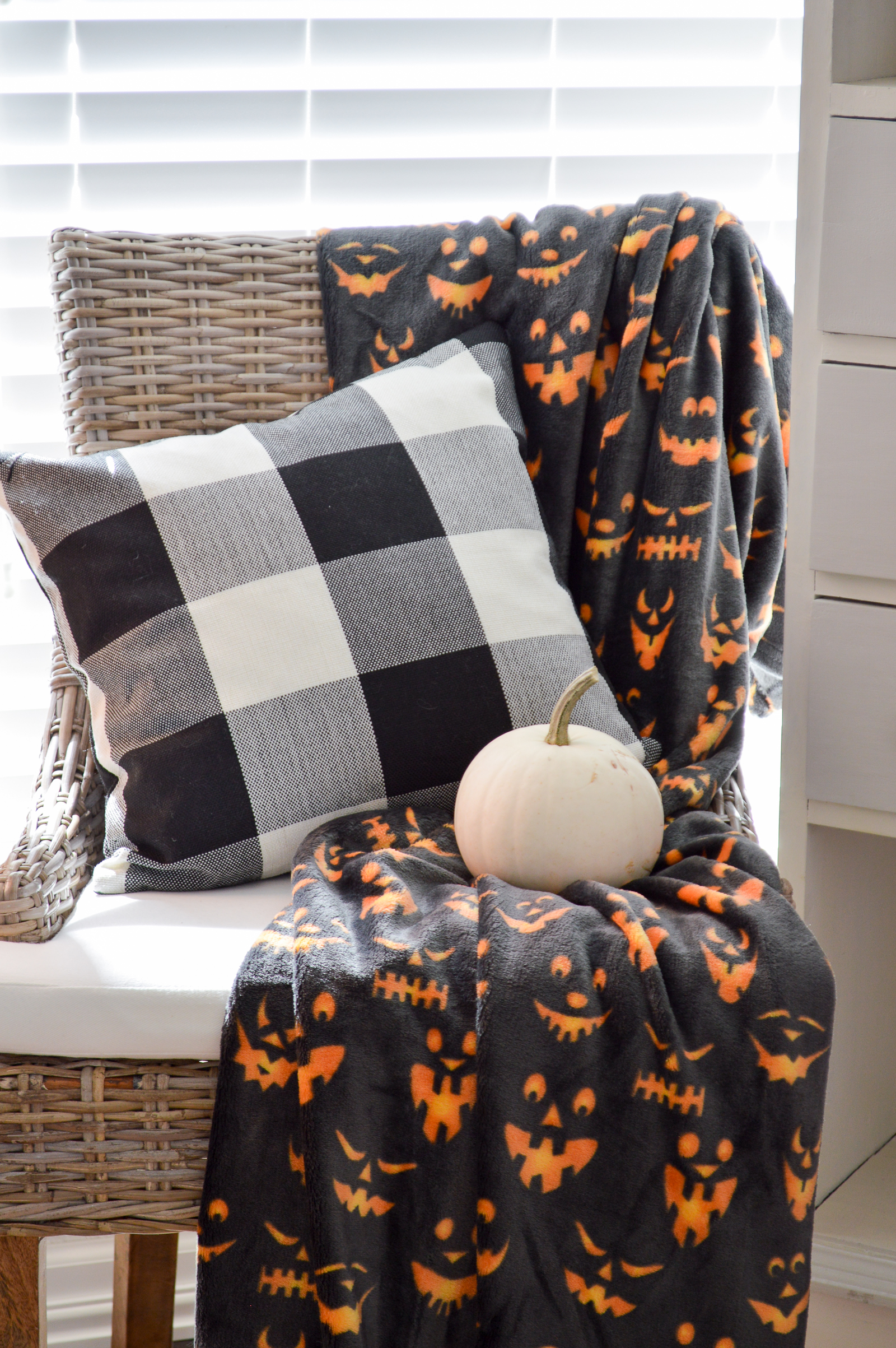 Haunted Halloween Decorating in the Sun Room