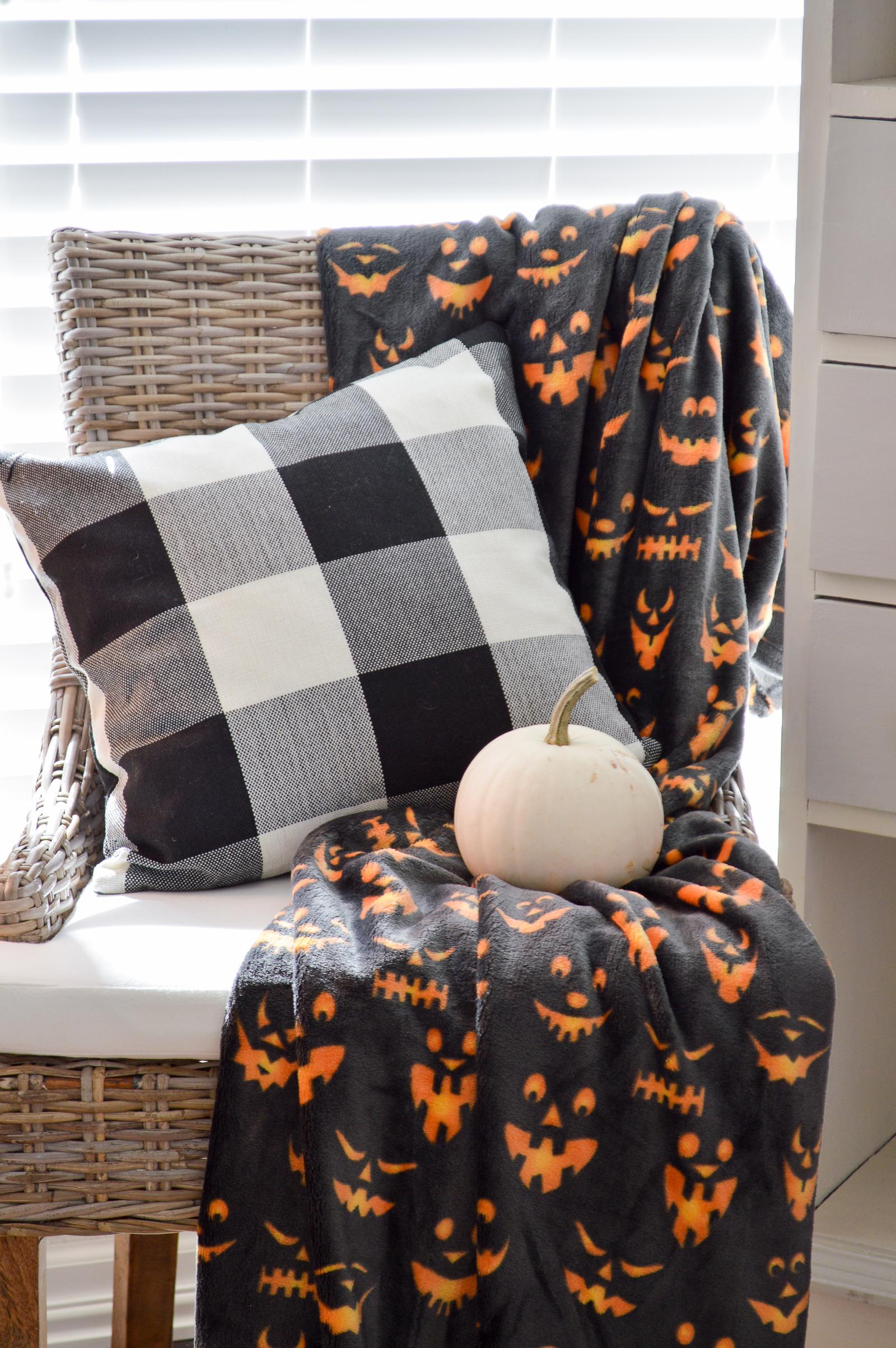 Haunted Halloween Decorating in the Sun Room