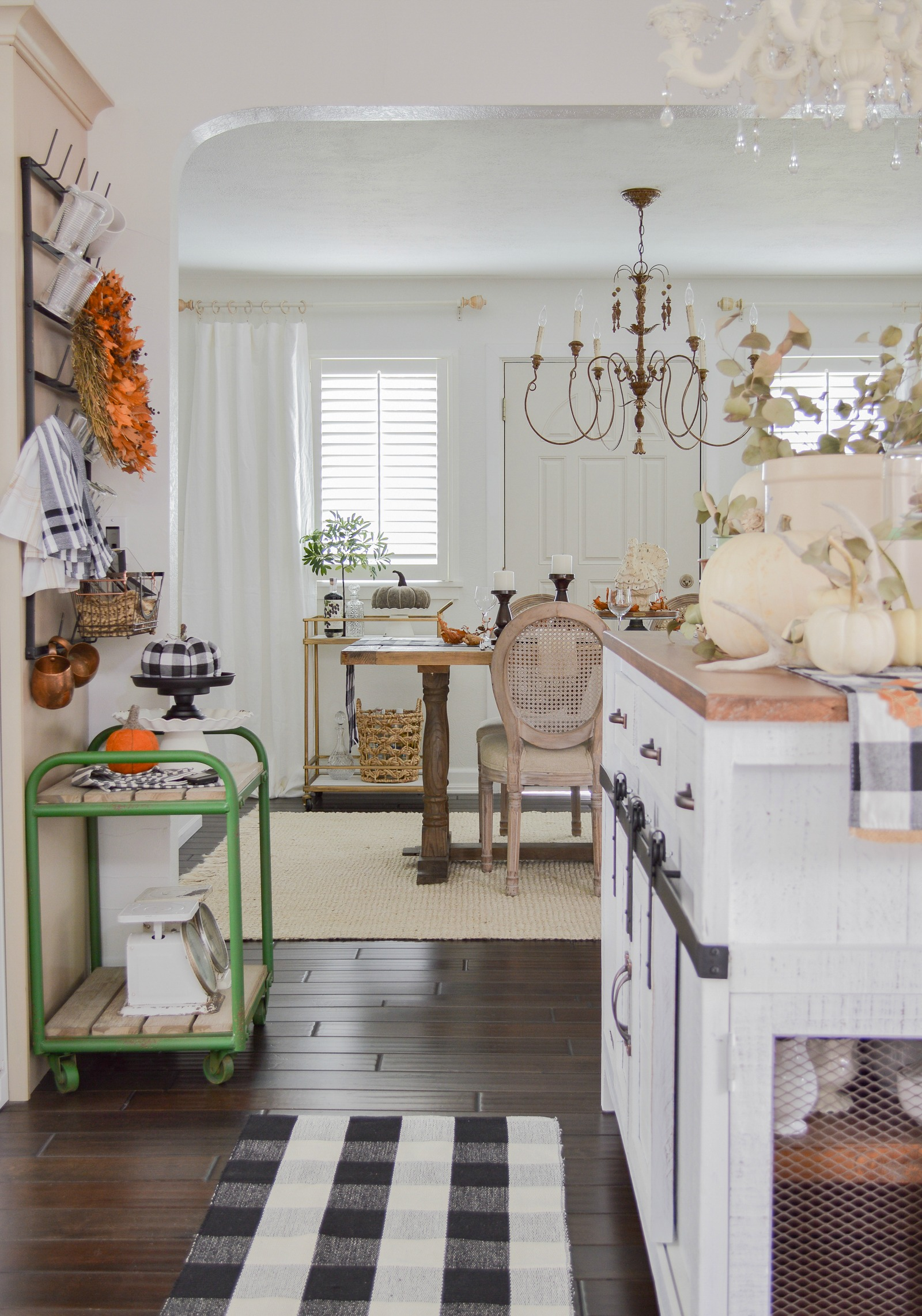 Fall cottage home decorating ideas, home tour