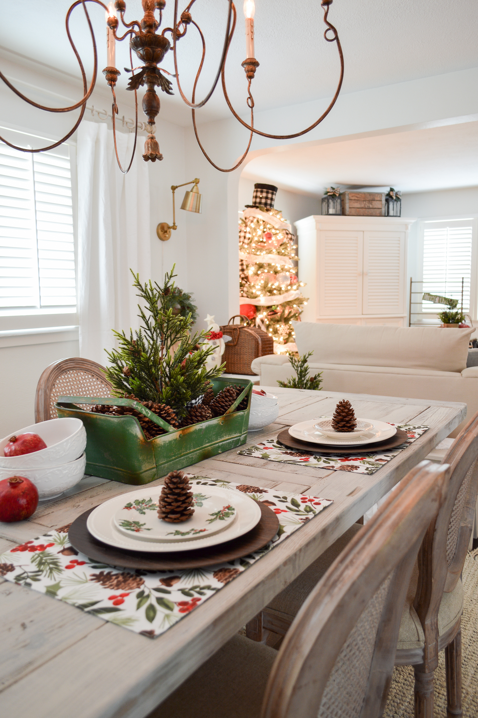 Holiday Housewalk Cozy Cottage Christmas Tour