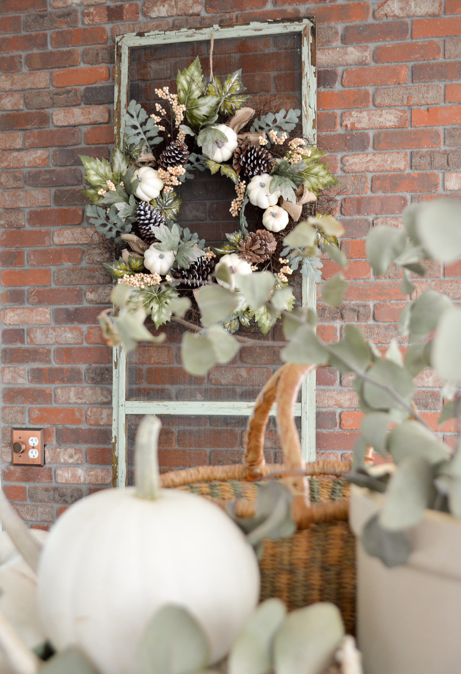 Late Autumn Decorating at the Cottage